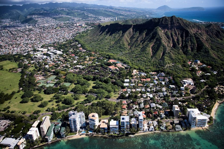 Hawaii tourism and locals problem